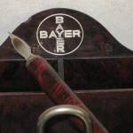 Escribanía BAYER